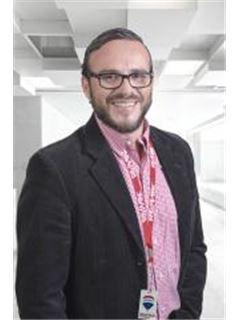 Abraham Fernando Cueva - RE/MAX Platinum