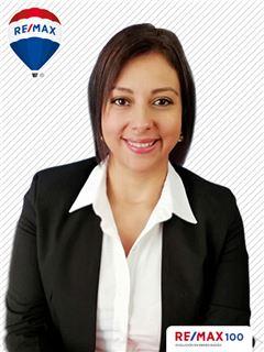 Jazmin Ramirez - RE/MAX 100
