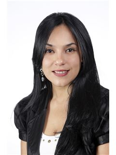 Broker/Owner - Gabriela Velasco - RE/MAX Capital