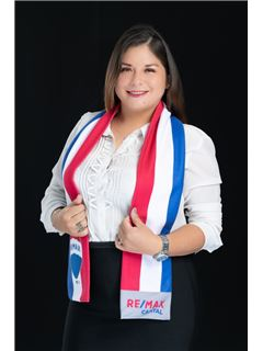 Maria Jose Villagomez - RE/MAX Capital