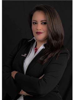 Valeria Tonato - RE/MAX Capital 2
