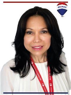 Lorena Cedeño - RE/MAX Professional