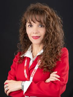 Katty Gabriela Villa - RE/MAX Capital