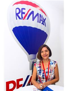 Cecibel Carbo - RE/MAX Kigal