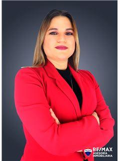 Carolina Calle - RE/MAX Asesoría Inmobiliaria