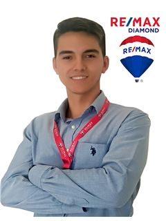 Pablo Aguirre - RE/MAX Diamond