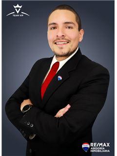 Danilo Viteri - RE/MAX Asesoría Inmobiliaria