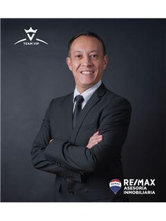 Ricardo Solorzano - RE/MAX Asesoría Inmobiliaria