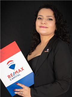 Vanessa Ruiz - RE/MAX Capital 2