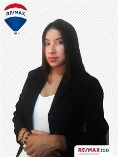 Lilian Uyaguari - RE/MAX 100 2