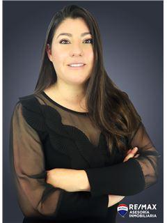 Andrea Meza - RE/MAX Asesoría Inmobiliaria