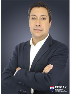 Fernando Torres - RE/MAX Asesoría Inmobiliaria