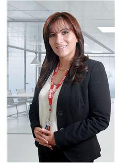 Luvi Valeria Leon Alvarez - RE/MAX Platinum
