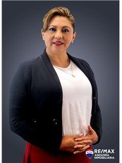 Myryan Torres - RE/MAX Asesoría Inmobiliaria