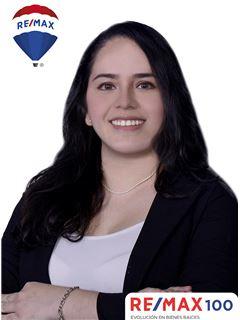 Adriana Tinoco - RE/MAX 100 2