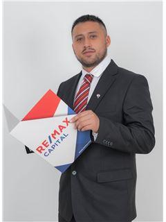 Cristian Narvaez - RE/MAX Capital 2