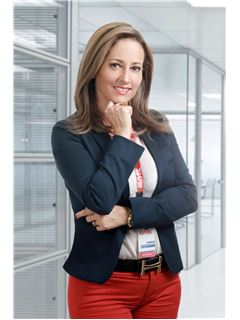 Ivonne Katherine Ricaurte Suarez - RE/MAX Platinum