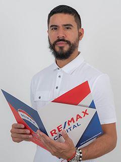 Victor Sornoza - RE/MAX Capital