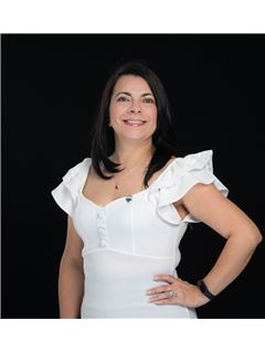 Magdalena González - RE/MAX Capital