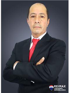 Flavio Placencia - RE/MAX Asesoría Inmobiliaria