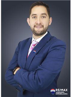 Javier Villarreal - RE/MAX Asesoría Inmobiliaria