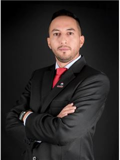 Carlos Vasquez - RE/MAX Capital
