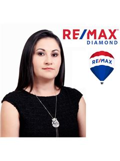 Alejandra Rivadeneira - RE/MAX Diamond