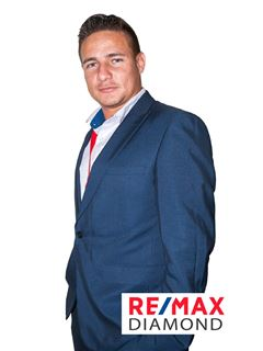 Felipe Carreño - RE/MAX Diamond