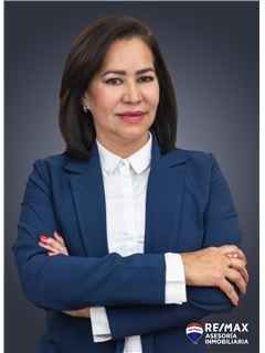 Zulay Pagua - RE/MAX Asesoría Inmobiliaria