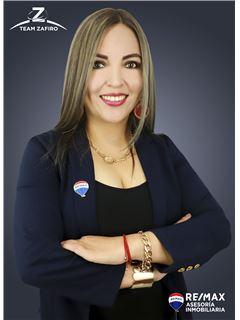 Veronica Paredes - RE/MAX Asesoría Inmobiliaria