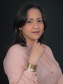 Alejandra Colmenares - RE/MAX Capital