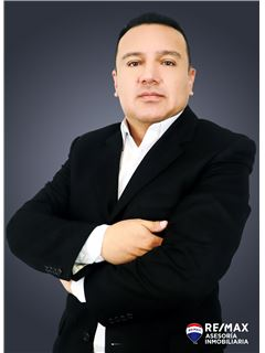 Luis Ronquillo - RE/MAX Asesoría Inmobiliaria
