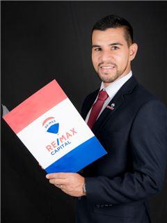 Cristian Garcia - RE/MAX Capital