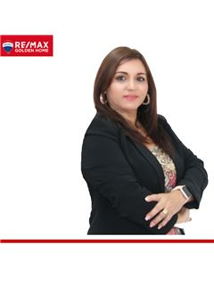 Team Manager - Lcda. Adriana de Martrus - RE/MAX Golden Home