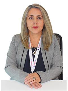 Monica Peñaloza - RE/MAX 100