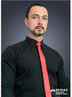Rick Lastra - RE/MAX Asesoría Inmobiliaria