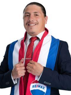 Bolivar Chamorro - RE/MAX Capital