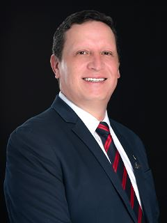 Steven Salas - RE/MAX Capital