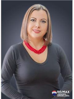 Jacqueline Ruiz - RE/MAX Asesoría Inmobiliaria