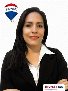 Debbie Romero - RE/MAX 100 2