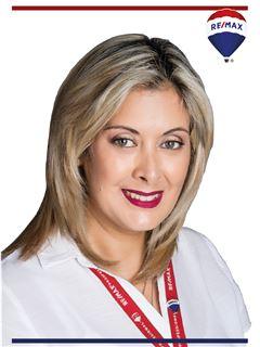 Paola Riofrio - RE/MAX Professional