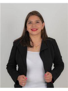 Carmen Jimenez - RE/MAX Capital