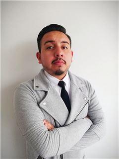 Carlos Alexis Ninahualpa - RE/MAX Infinity