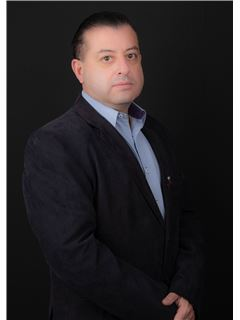 Andres Carvajal - RE/MAX Capital