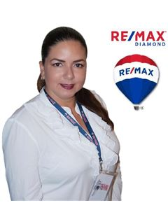 Gabriela Rodriguez - RE/MAX Diamond