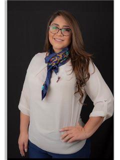 Erika Frias - RE/MAX Capital 2
