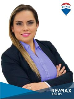 Maria Gabriela Flores - RE/MAX Ability