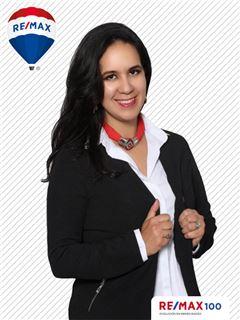 Prisila Castro - RE/MAX 100