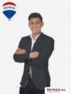 Jamil Echeverria - RE/MAX 100 2