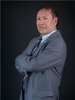 Luis Simba - RE/MAX Capital